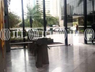 Sala Comercial de 697m² para Alugar
